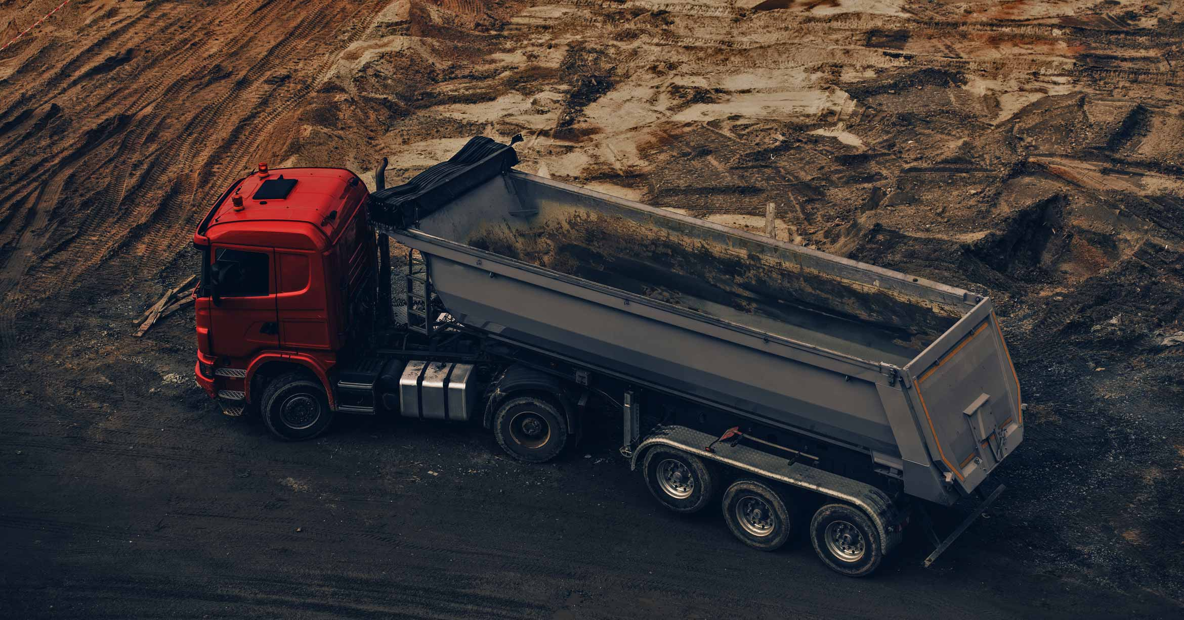 Fuel Monitoring and Vehicle Tracking Solution for trucks , tippers , excavator